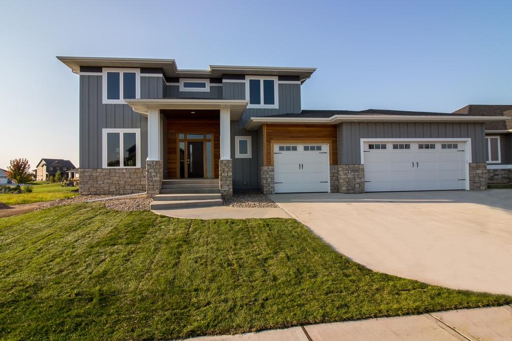 Wt construction custom home builder in sioux falls sd for Spec home builders near me